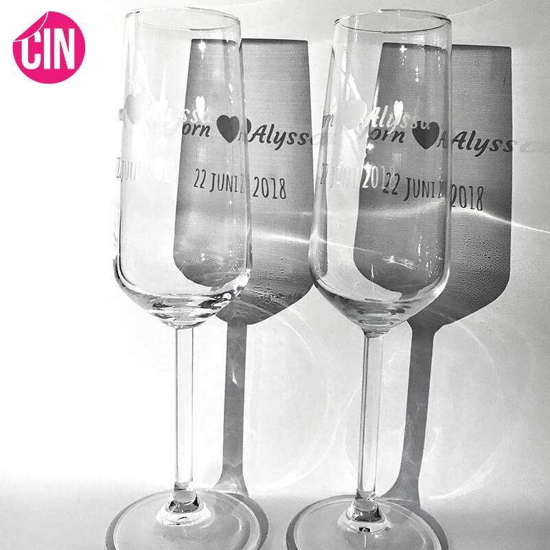 champagne glazen bedrukking personalisering huwelijkscadet